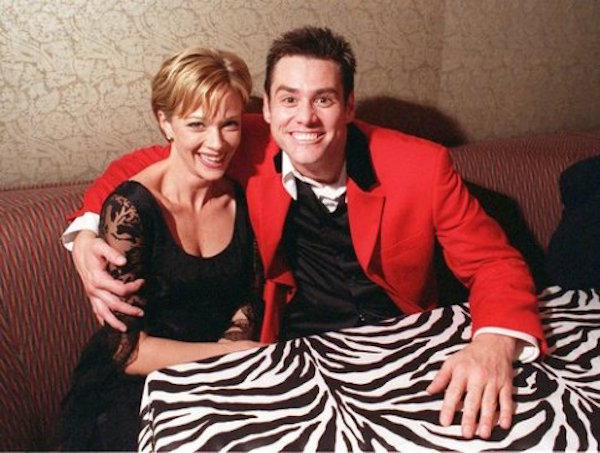 Jim Carrey and Lauren Holly – 10 months