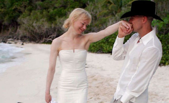 Renée Zellweger and Kenny Chesney – 5 months