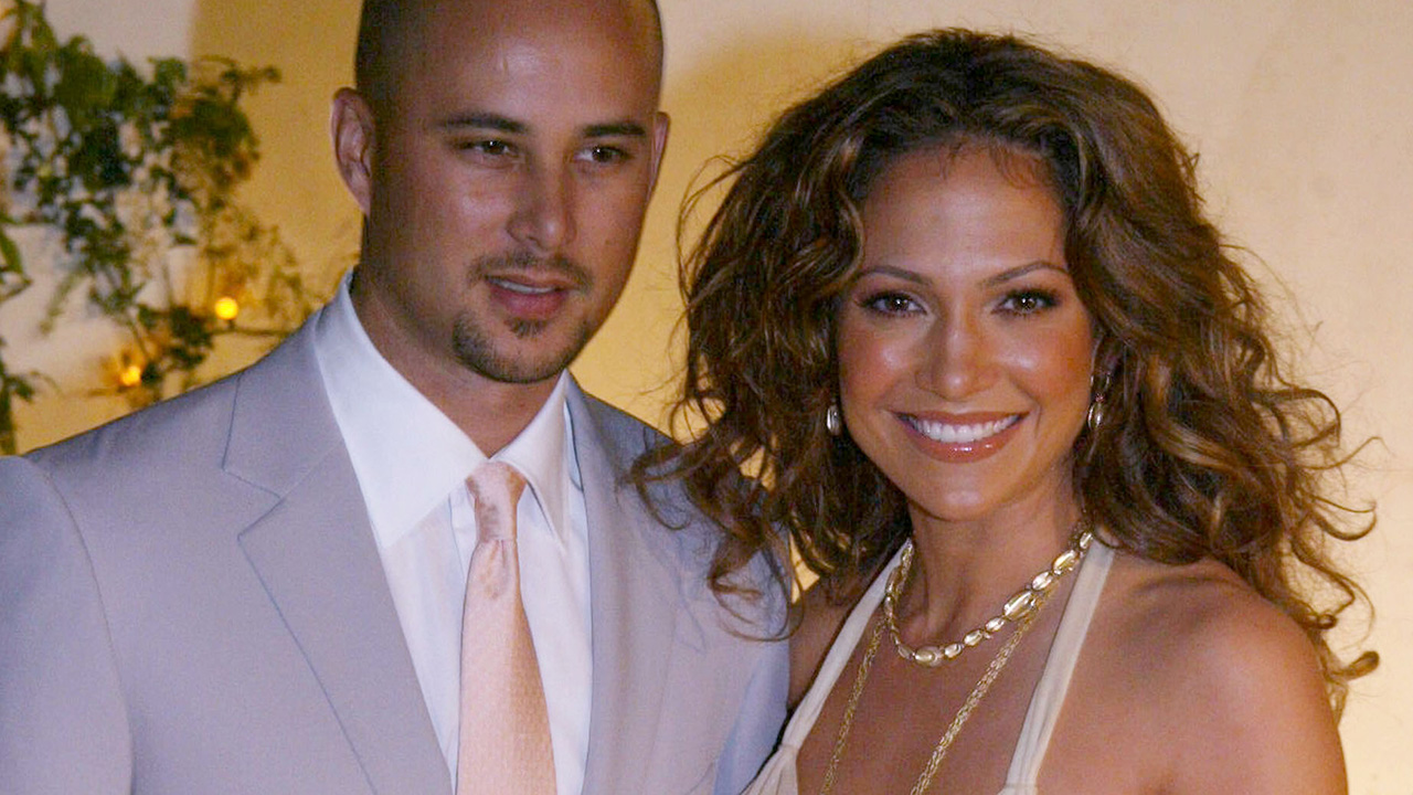 Jennifer Lopez and Cris Judd – 13 months