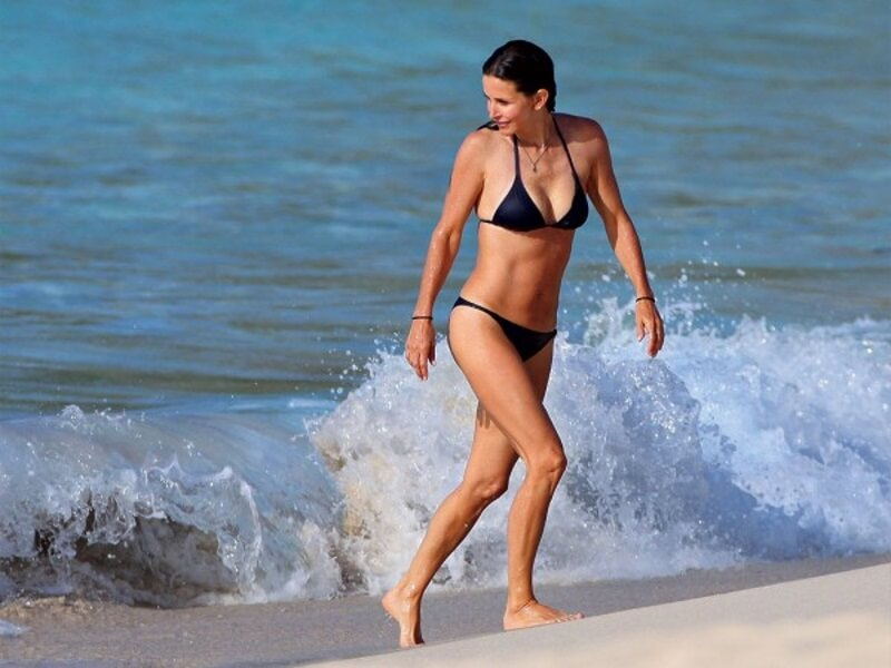 Courteney Cox Goes for a Skinny Dip