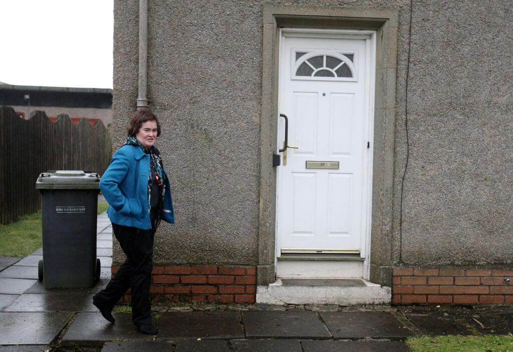 Susan Boyle disturbs intruder