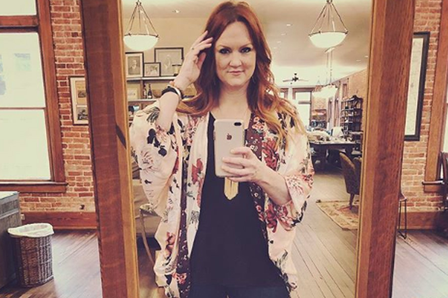 ree drummond had to get rid of a skunk for a date