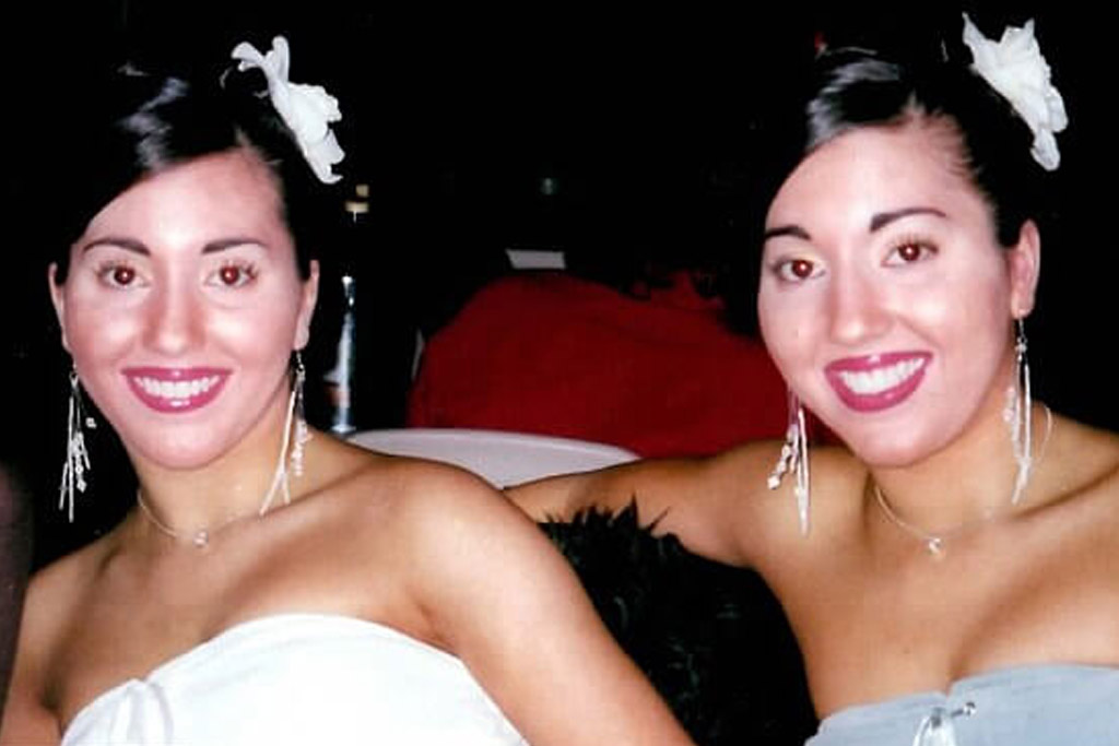 decinque twins named most identical twins in the world
