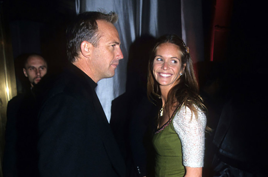 elle MacPherson and kevin costner