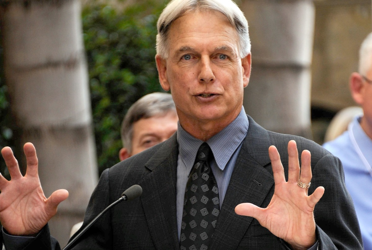 Mark Harmon honored on the Hollywood Walk of Fame on October 1, 2012 in Hollywood, California.