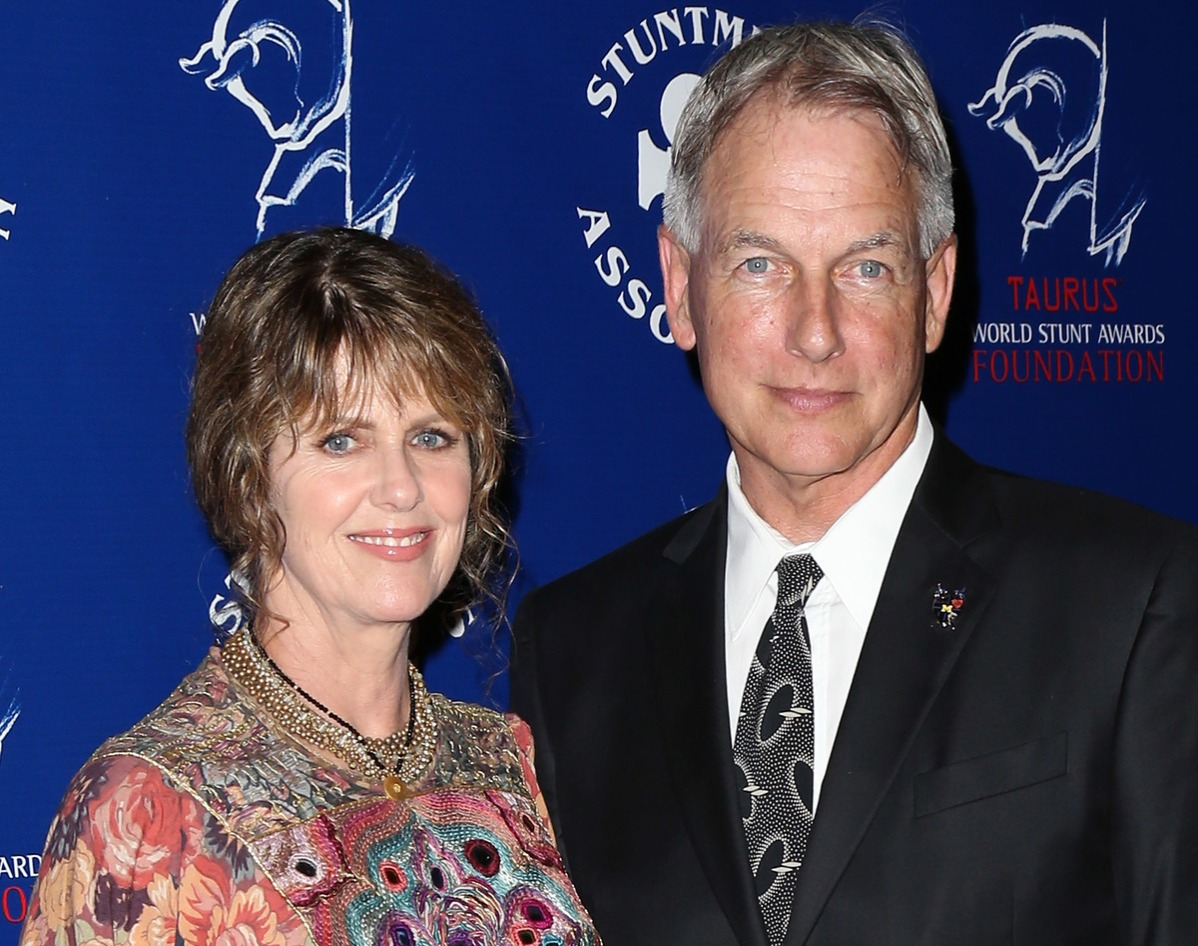 Actress Pam Dawber (L) and husband actor Mark Harmon attend the Stuntmen's Association of Motion Pictures 52nd Annual Awards Dinner to benefit the Taurus World Stunt Awards Foundation at the Hilton Universal City on September 14, 2013