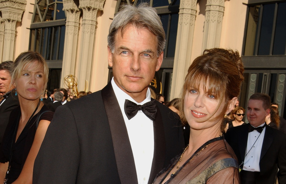 Mark Harmon and Pam Dawber arriving at 2002 Creative Arts Awards.