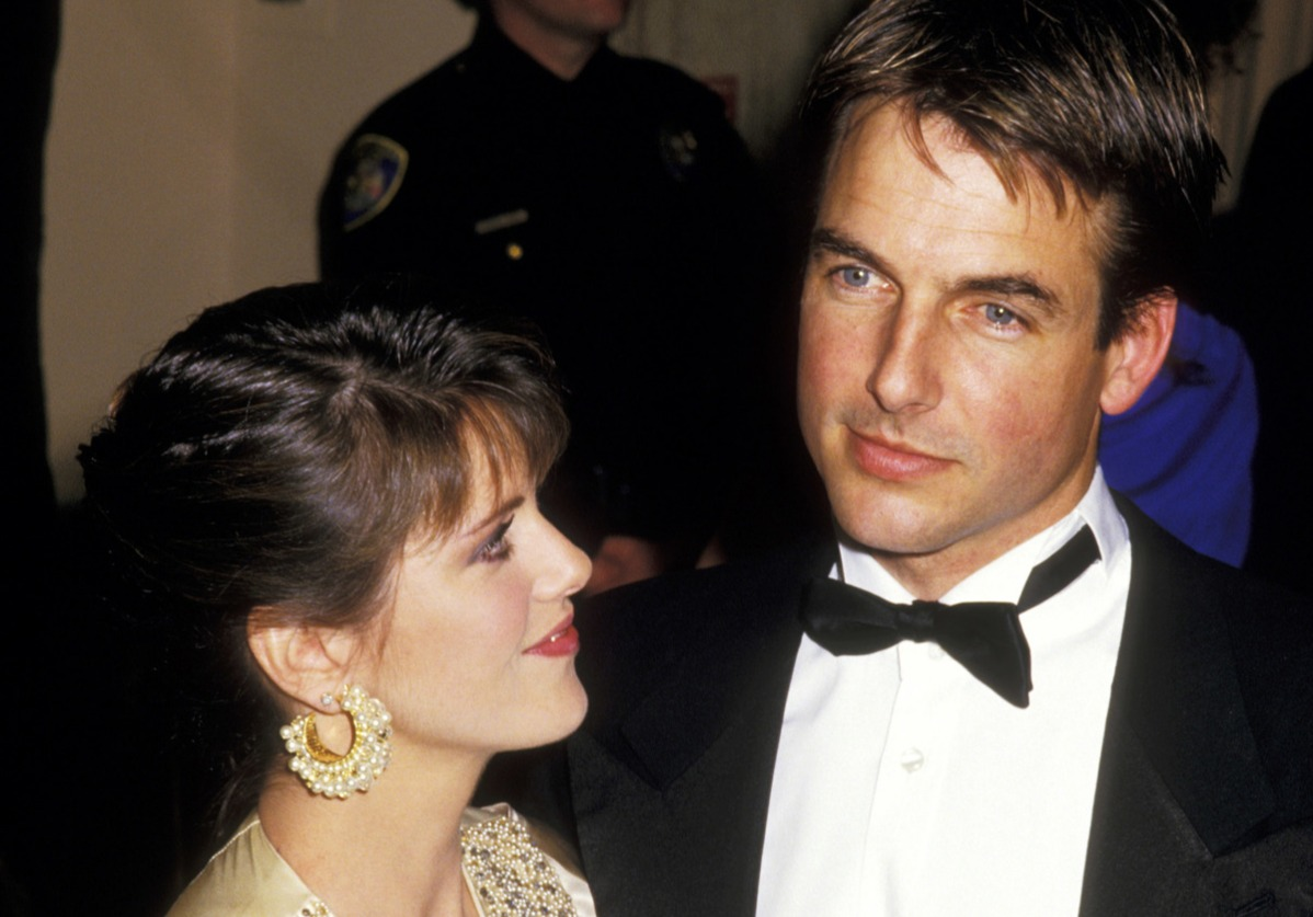 mark harmon and pam dawber at 44th golden globe awards in 1987