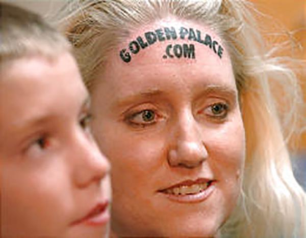 dnews-golden-palacecom-forehead-tattoo-92969-52857
