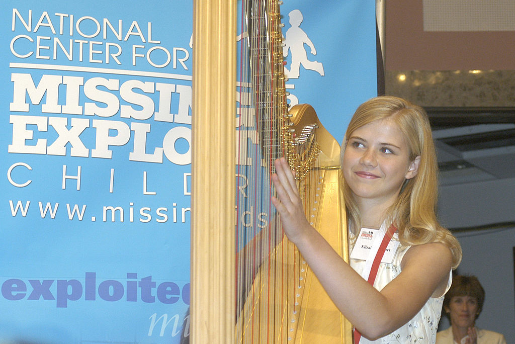Elizabeth Smart of Salt Lake City, Utah plays the harp