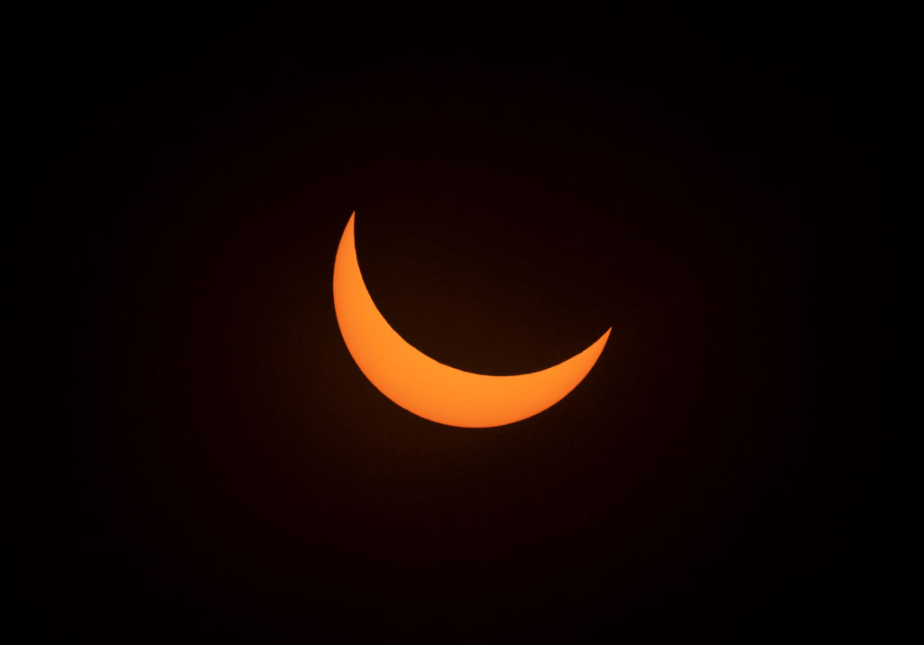 GettyImages-1153324073 Solar eclipse as seen from the La Silla European Southern Observatory