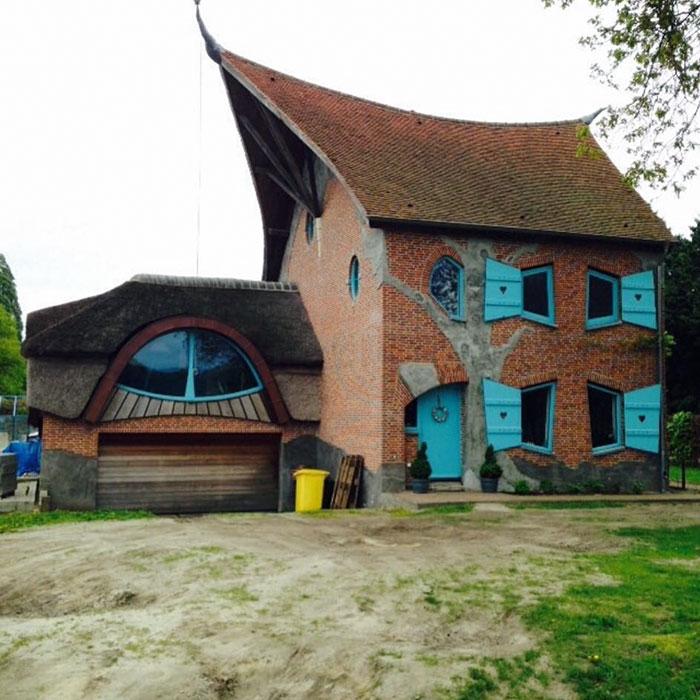 ugly-belgian-houses-38-5cab0a688af84__700