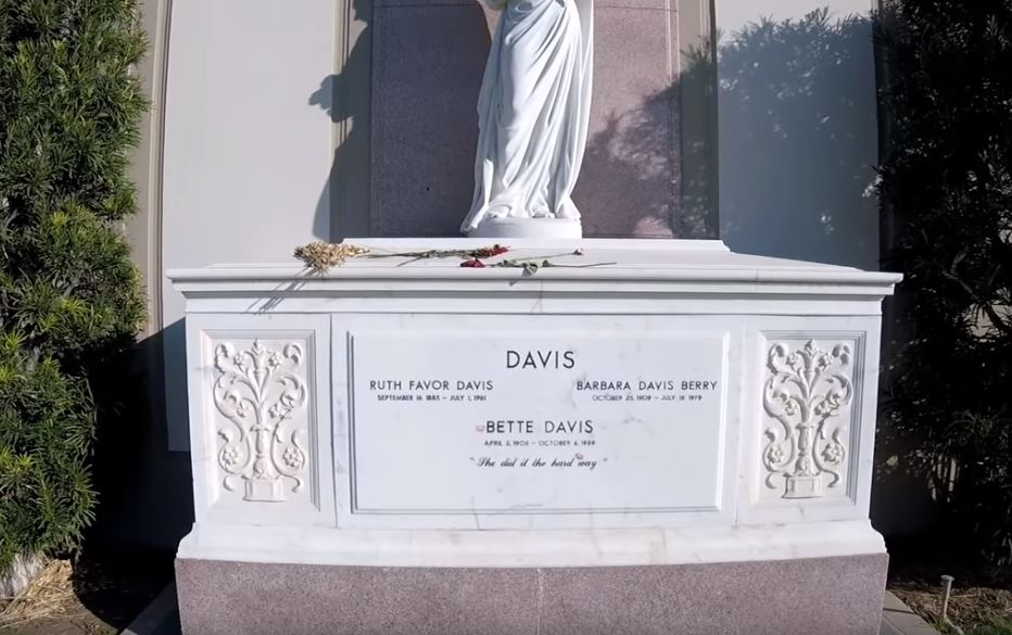 Bette Davis's grave in Forest Lawn Memorial Park in the Hollywood Hills
