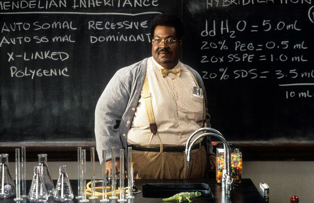 Eddie Murphy standing in front of chalk board in a scene from the film 'The Nutty Professor', 1996.