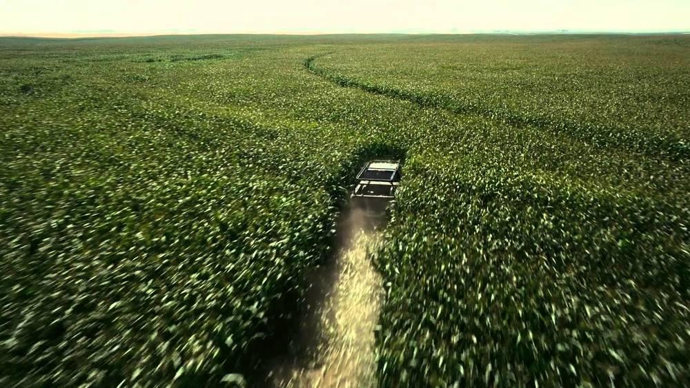 driving through corn crops in Interstellar