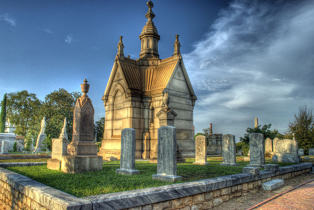 oakland cemetery most haunted places