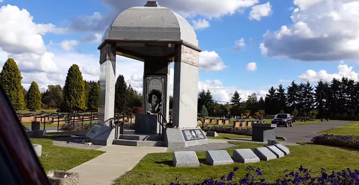 Jimi-Hendrix-grave