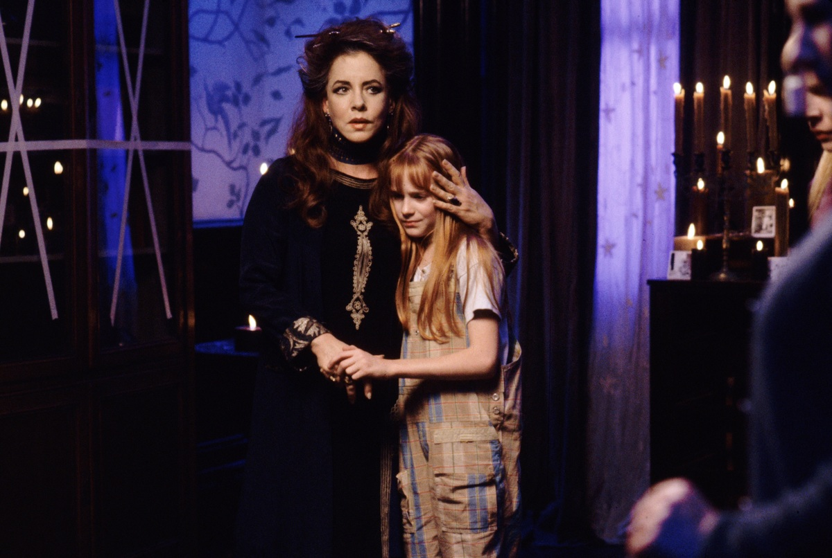 Publicity still of Stockard Channing & Camilla Belle on Practical Magic