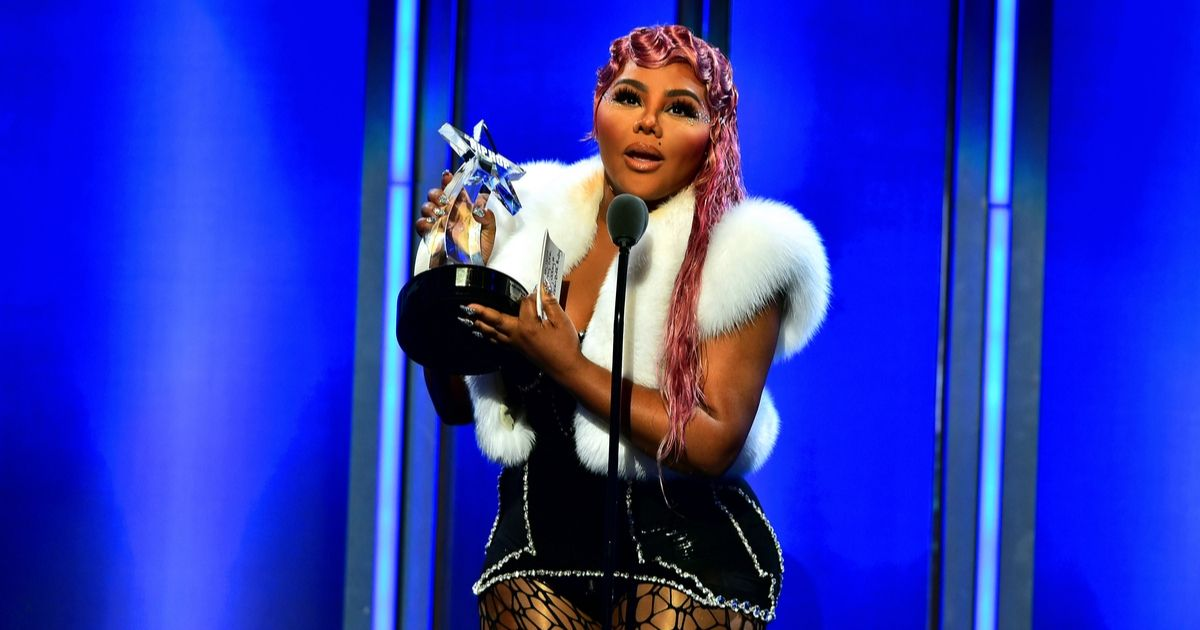 Lil' Kim speaks onstage at the BET Hip Hop Awards 2019