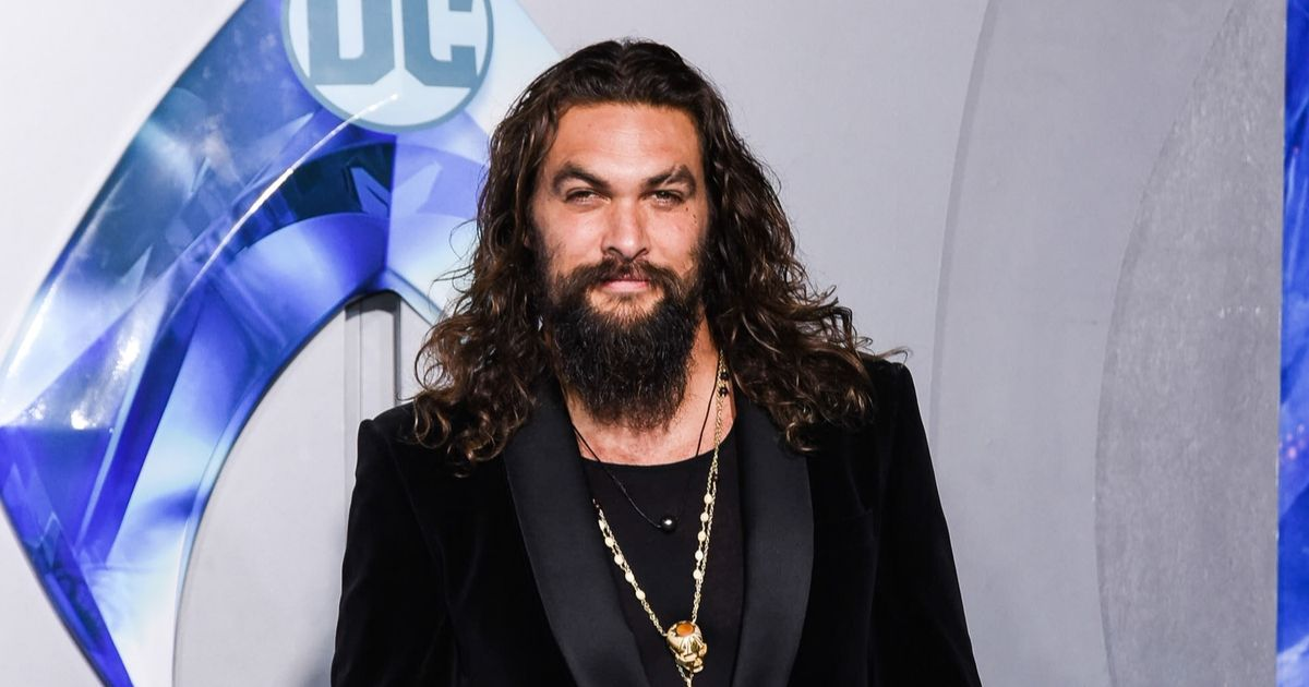 Jason Momoa attends the premiere of Warner Bros. Pictures'