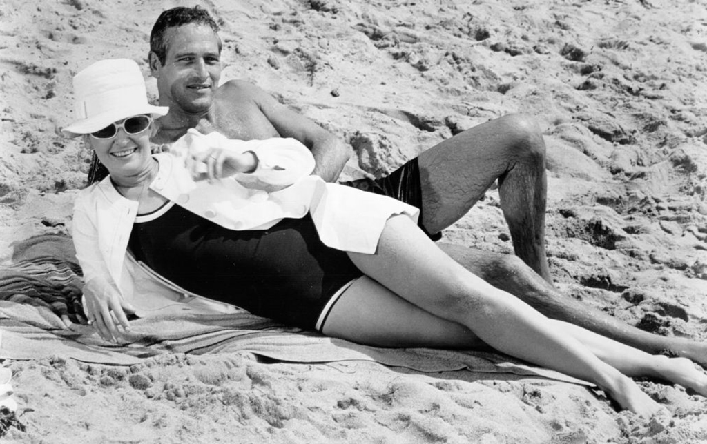 Newman and Woodward at the beach