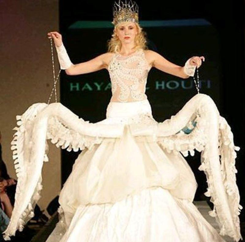 6-Crazy-Wedding-Dresses-Inspired-Bride-87879
