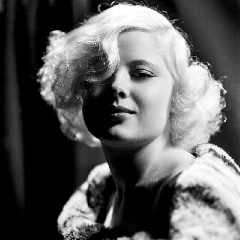 Mary Carlisle: 104