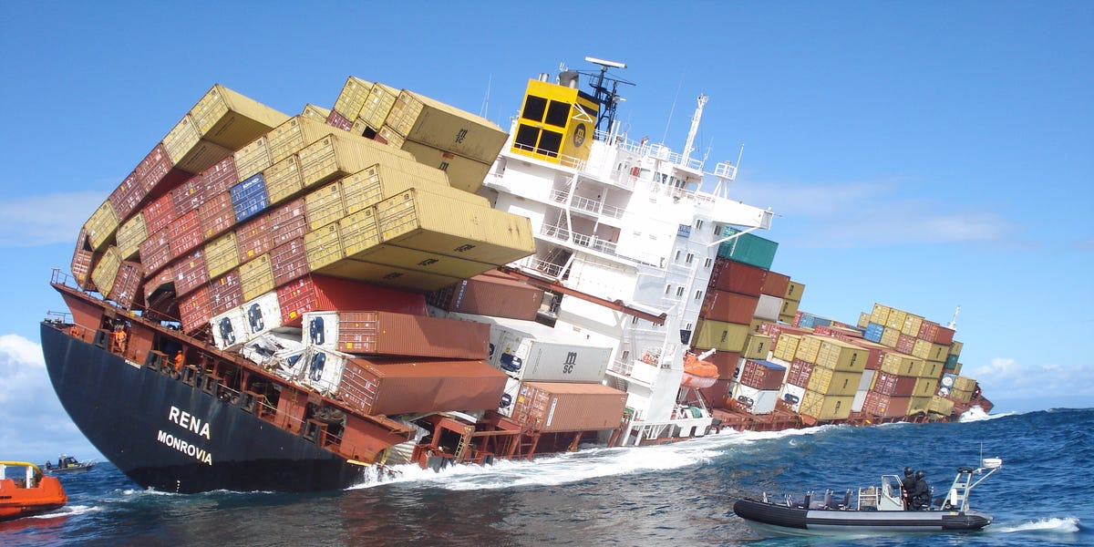 cargo-falling