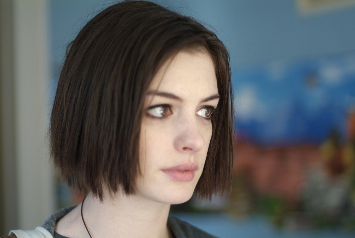 Anne Hathaway appears in Rachel Getting Married.