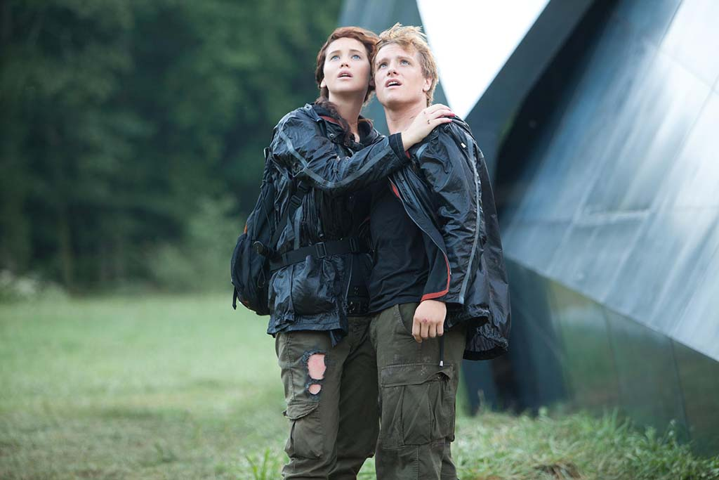 Lawrence and Hutcherson on Hunger Games