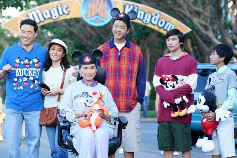 cast of fresh off the boat at the magic kingdom