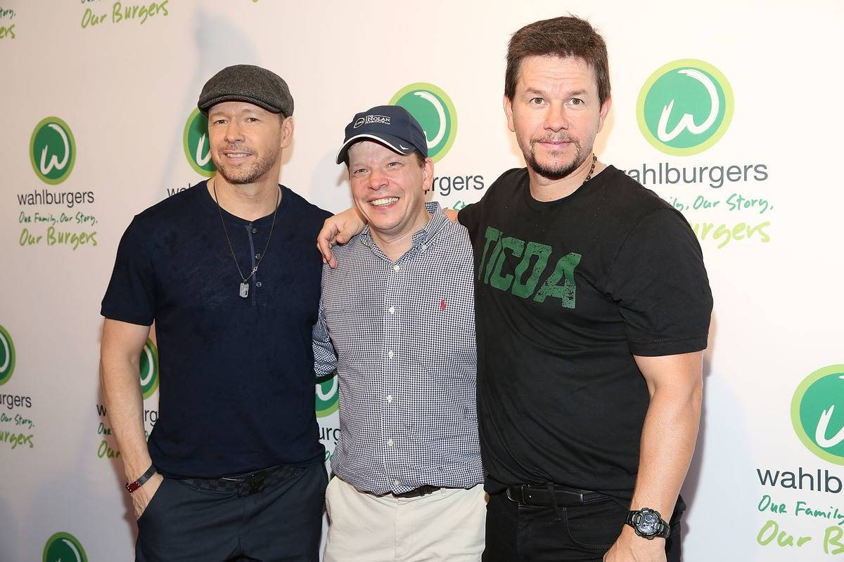 Paul Wahlberg Owns A Burger Chain Called Wahlburgers