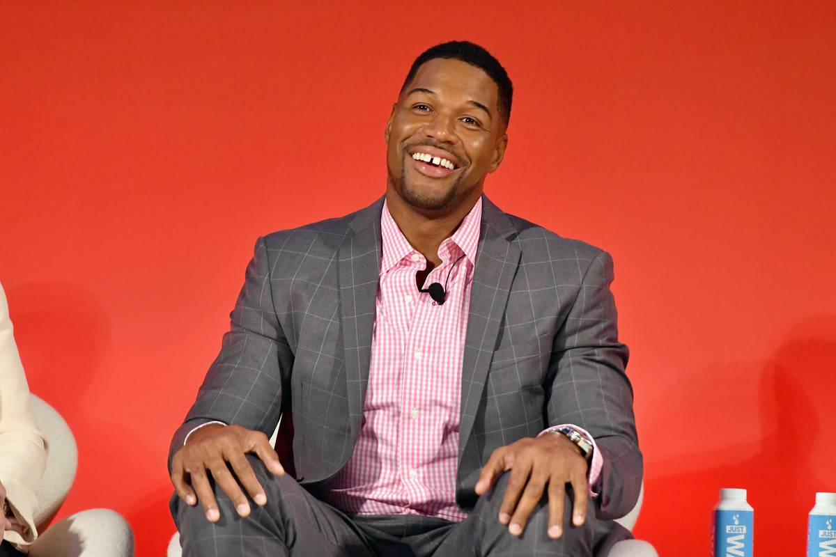 Michael Strahan Is A Sucker For A Burger King Whopper
