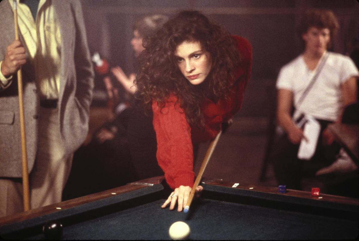 Julia Roberts In Mystic Pizza
