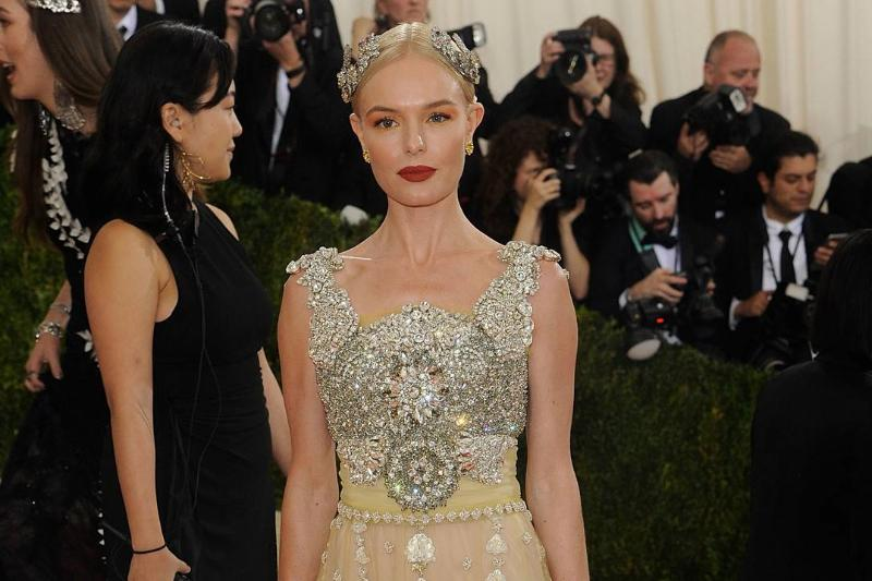 Kate Bosworth's Chest Plate Must've Weighed A Ton
