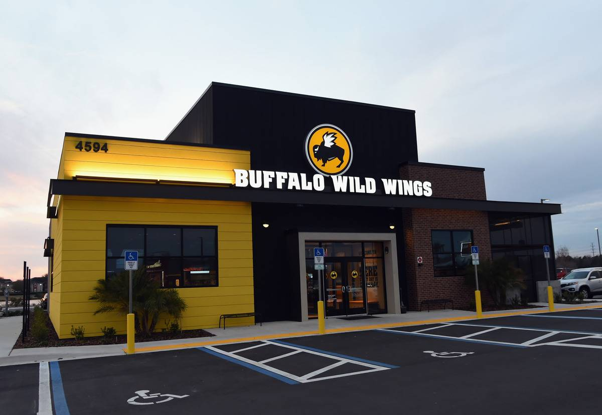Buffalo Wild Wings Is Decreasing In Popularity