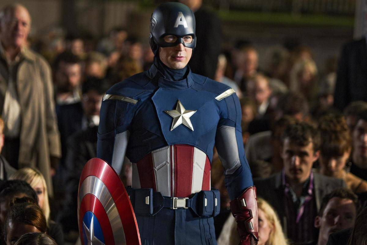 Chris Evans Captain America Uniform Was A Bit Too Bright