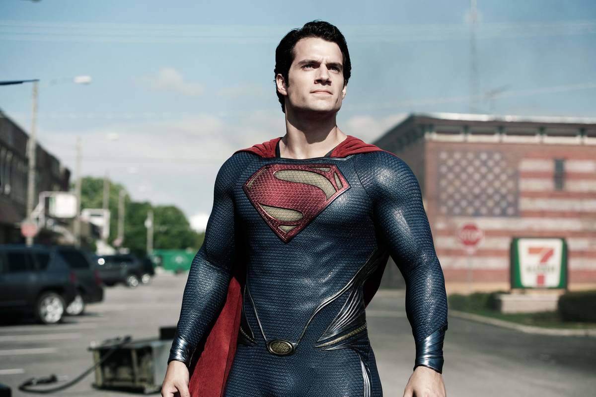 Henry Cavill's Darker And More Broody Superman Costume