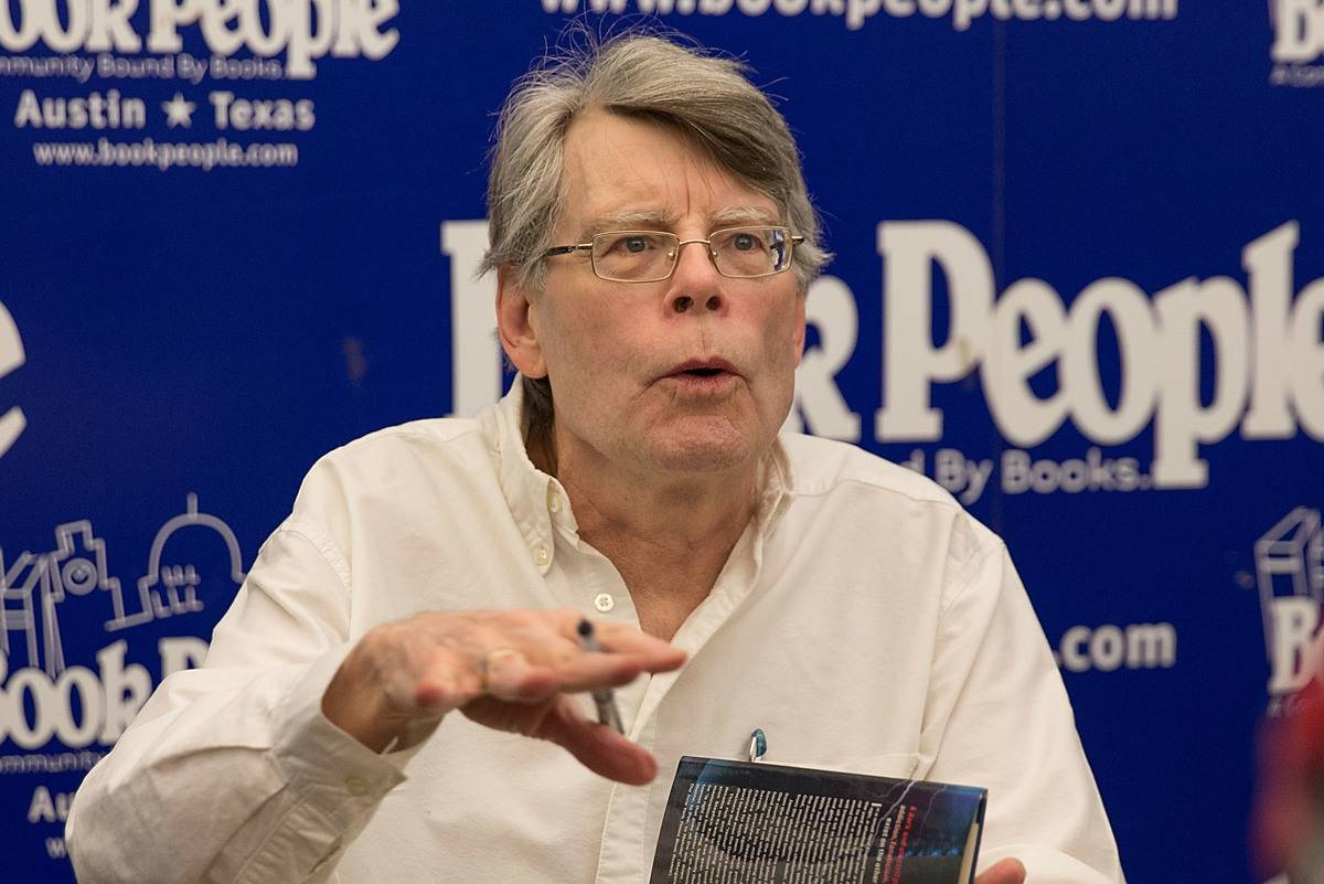 Stephen King speaks during a book signing.