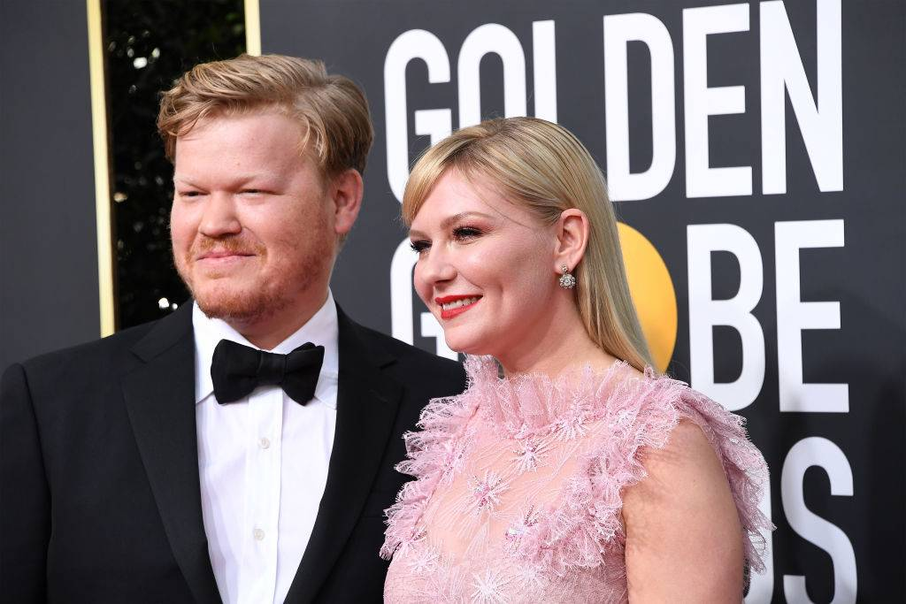 Jesse Plemons and Kirsten Dunst attend the 77th Annual Golden Globe Awards