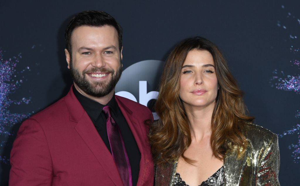 Cobie Smulders and husband Taran Killam at an event in 2019