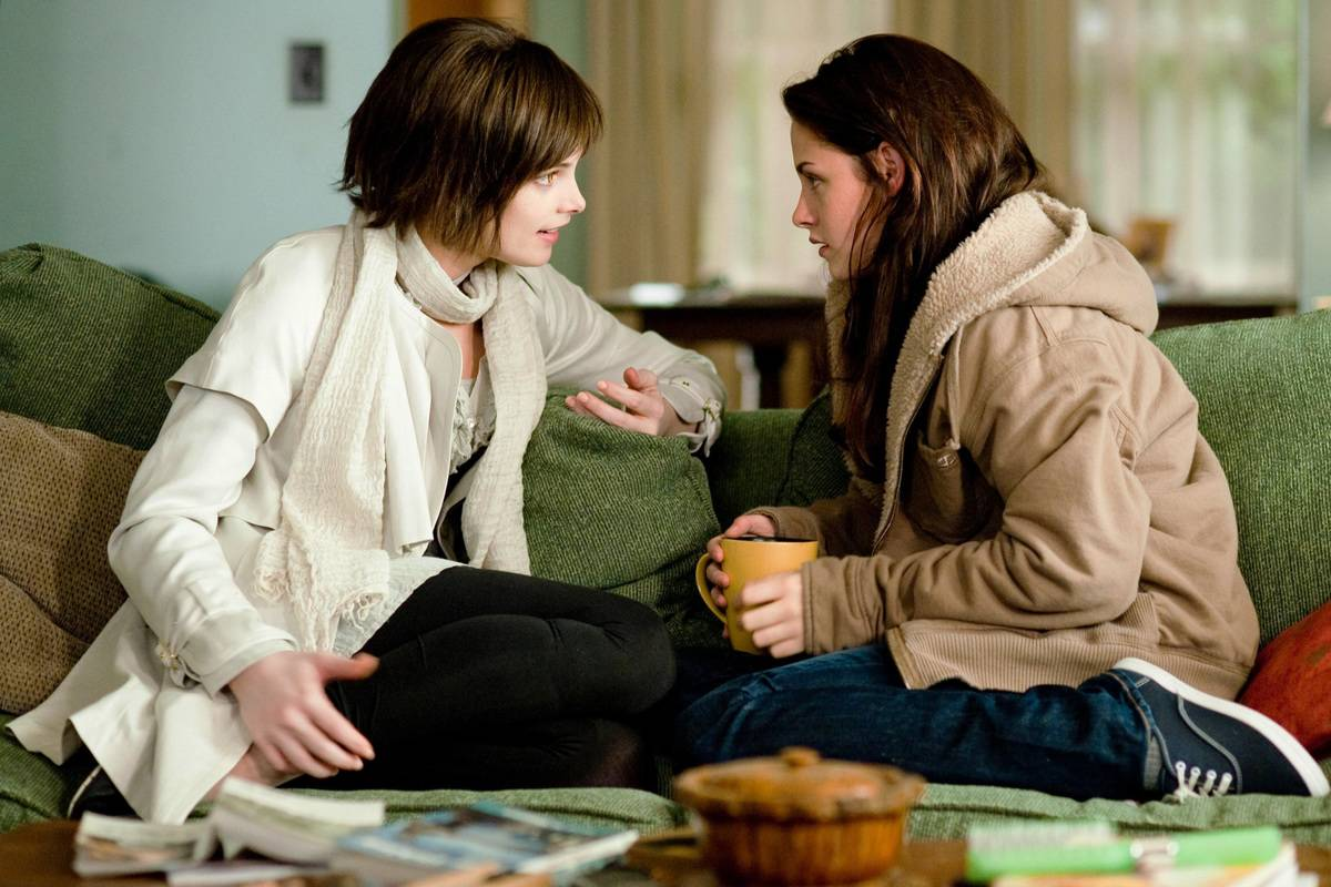 Picture of Bella and Alice