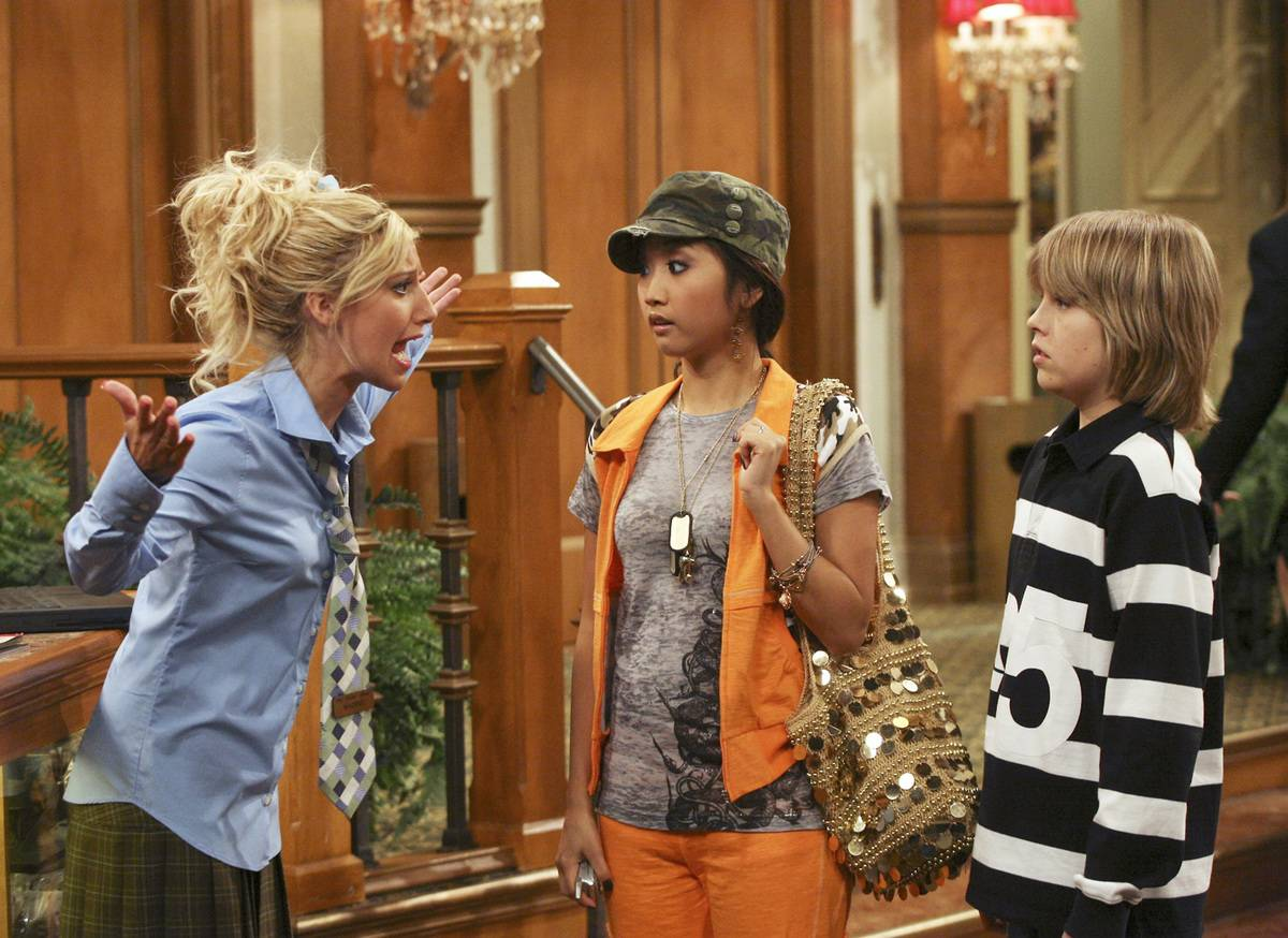 Actors in the suite life