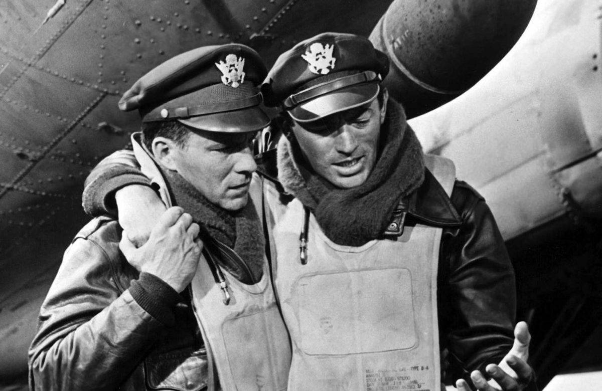 Two pilots help each other walk in the 1949 movie Twelve O'Clock High.
