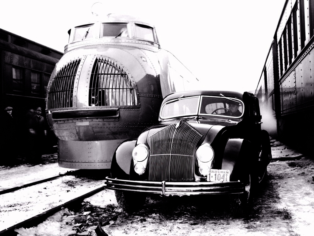 The Streamlined Chrysler Airflow and Union Pacific's M-10000 Train in 1934