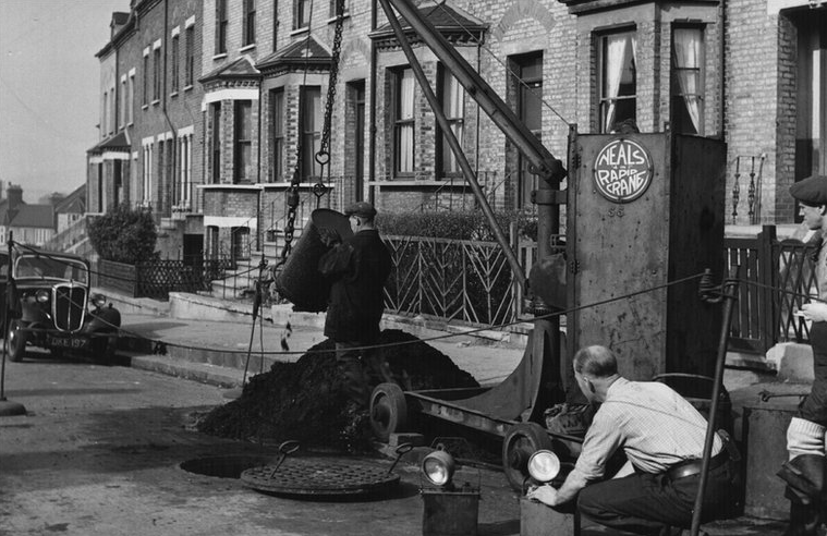 Sewer Gang Hard at Work in London in the 1950s