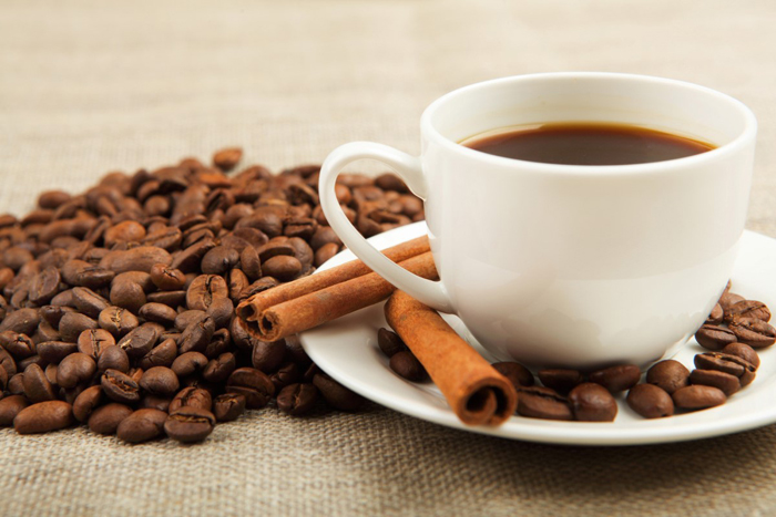 Substitute Sugar and Creamer in Your Coffee With Cinnamon