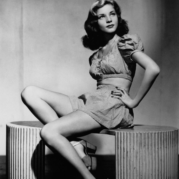 the pin up girls who defined an entire industry   page 13