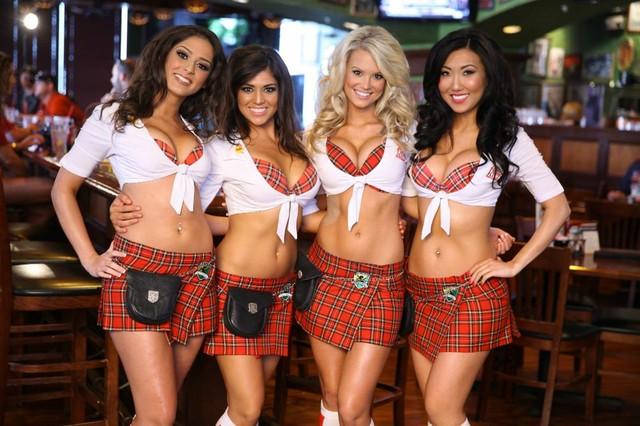 waitresses.jpg