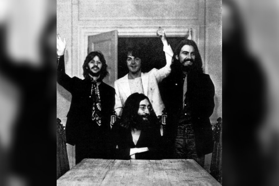 The Last Photo Of All Four Beatles Members
